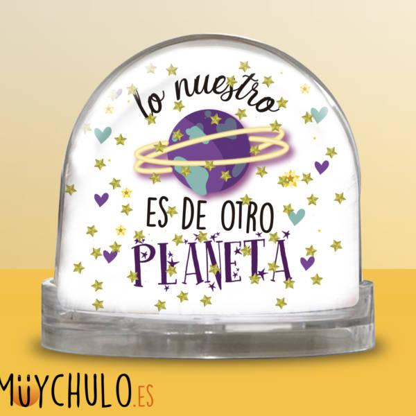 Bola Lo nuestro es de otro planeta