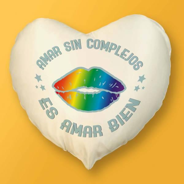 Cojín Corazón Amar sin complejos es amar bien